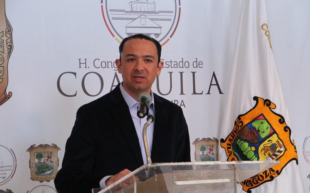 EMILIO DE HOYOS