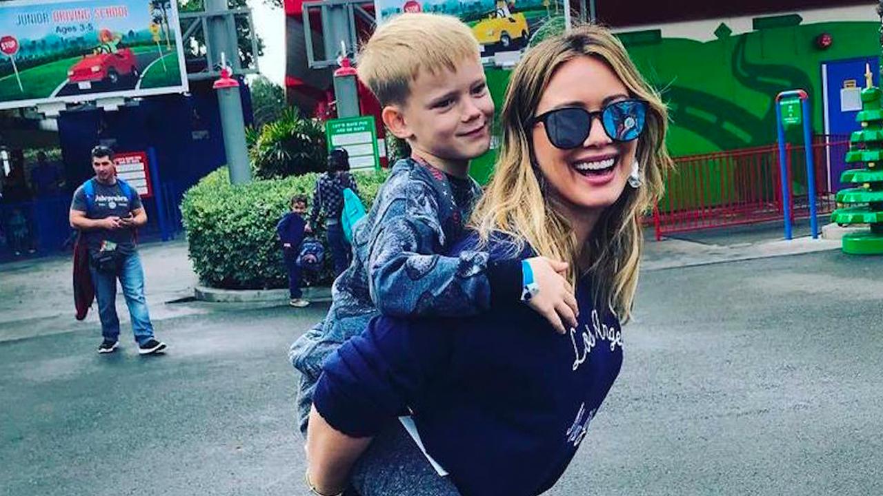 Hilary Duff responde ante acusaciones en redes sociales.