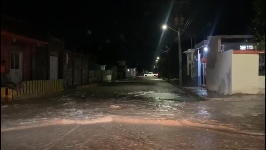 Se inunda la Col. Las Flores de Monclova.