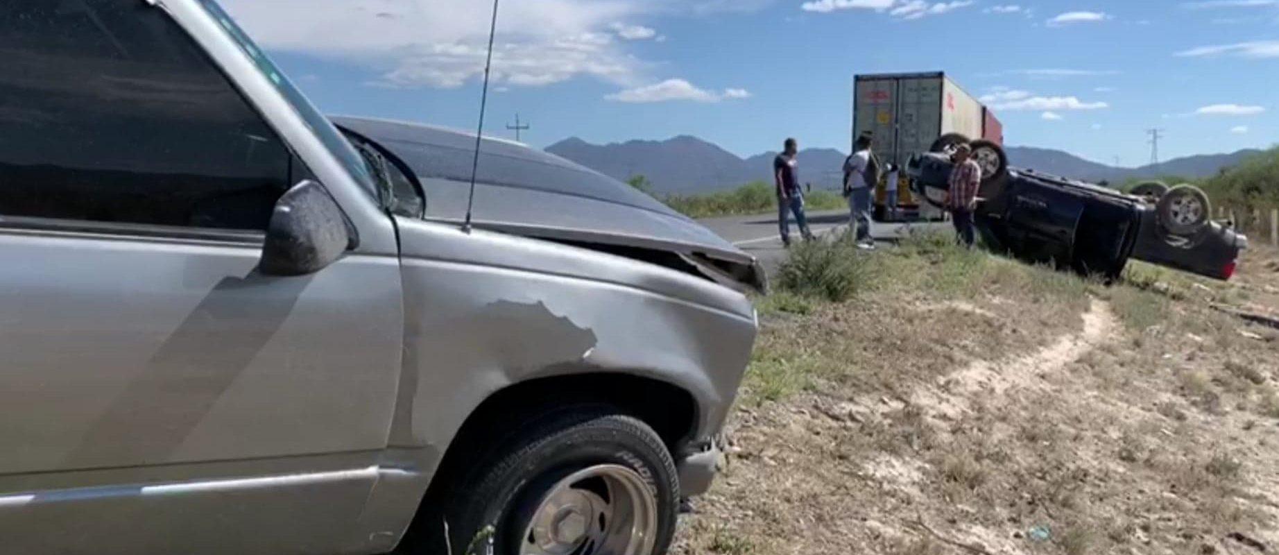 Choque entre camionetas