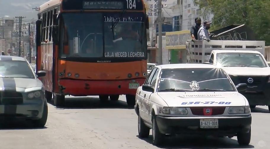 Suspenden a taxistas por incumplir medidas sanitarias.