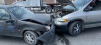 Un conductor ocasionó un choque frontal sobre la carretera Los Pinos