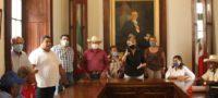 Yolanda Cantú recibe a ejidatarios que solicitaban la reapertura de la SEMARNAT