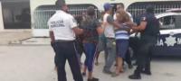 Investigan riña entre vecinos de la colonia Hipódromo y policías de Monclova
