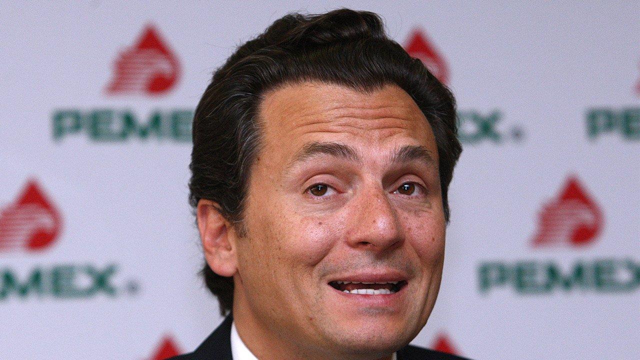 Alonso Ancira transfirió 3 millones de dólares a la hermana de Emilio Lozoya; se usaron cuentas de AHMSA para realizar las transferencias.