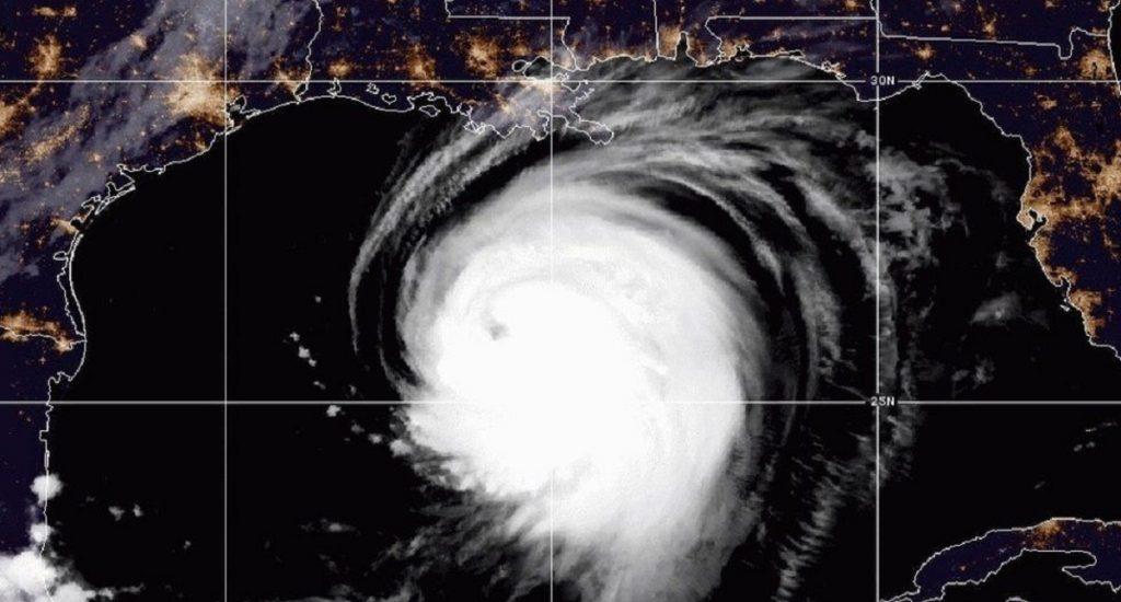 Huracán 'Laura' de categoría 3 evolucionará a 4 y alertan las costas de Texas y Louisiana