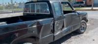 Camión chocó a camioneta en Saltillo; solo hubo daños materiales