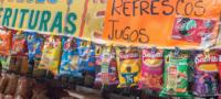 Tabasco prohíbe la venta de comida chatarra y refrescos a menos de edad