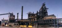 A la baja producción de acero.
