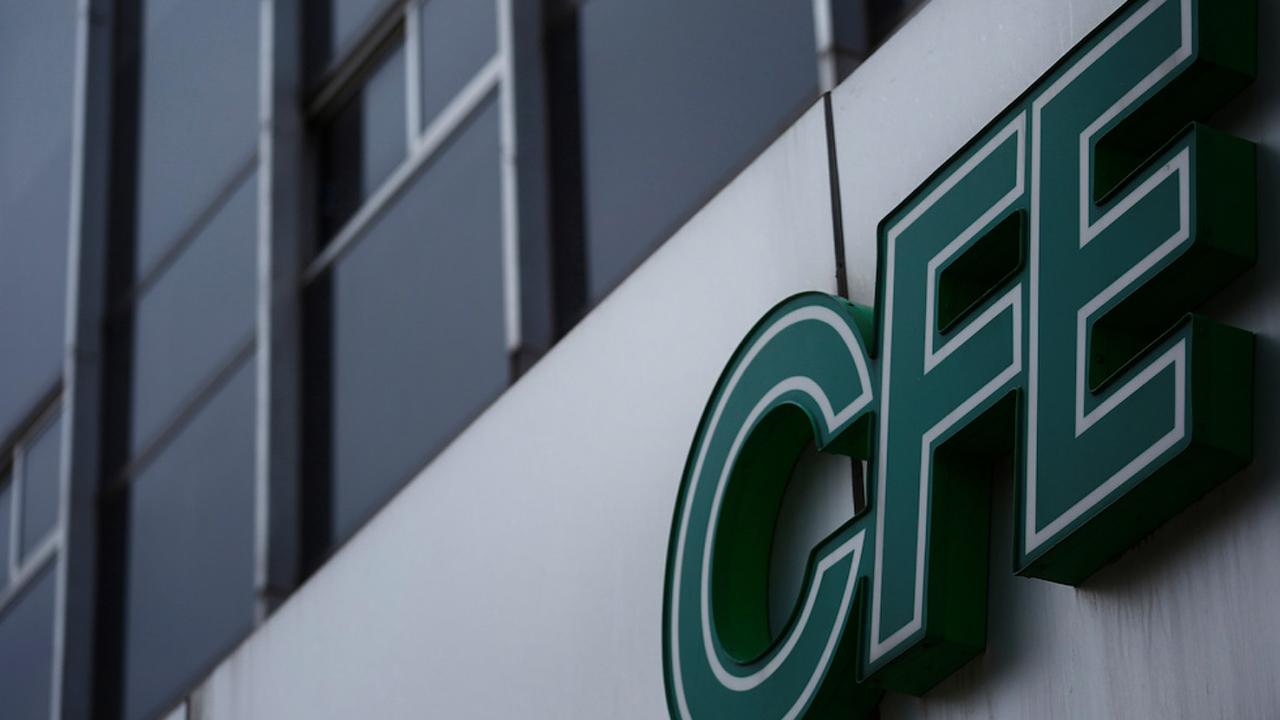 Alerta CFE a vecinos de Portal de Aragón por estafadores