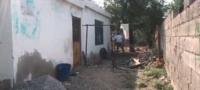 Un hombre fue encontrado muerto en el patio de su propia casa: se sospecha que fue un suicidio