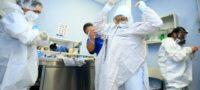 4 millones de médicos contagiados de COVID-19 en el mundo; pide la OMS extremar protección