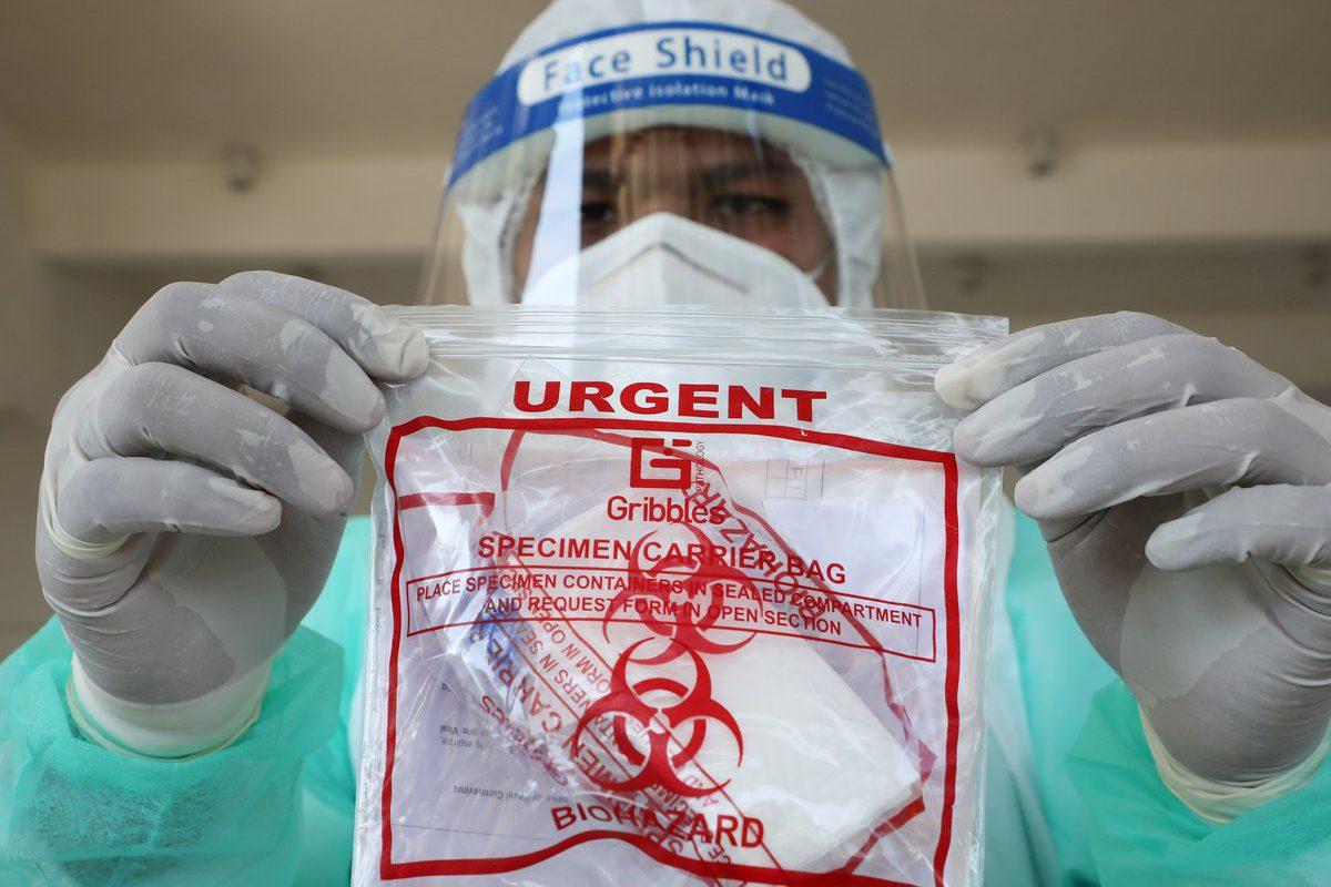 Se propaga mutación del coronavirus 10 veces más peligrosa; van 45 infectados