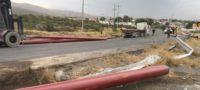 A punto de volcar trailer en la llamada Curva del Diablo del Libramiento Carlos Salinas de Gortari en Monclova
