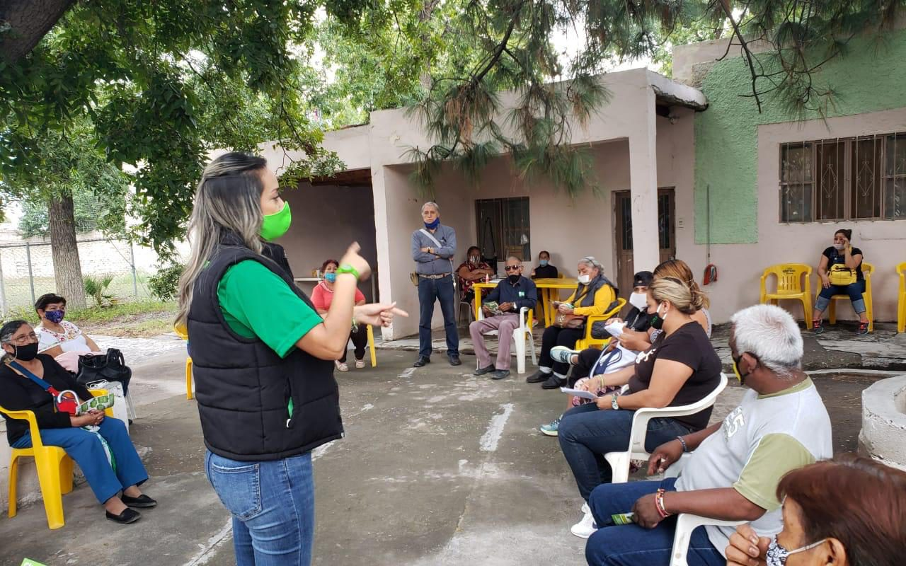 Visita Claudia Leza el municipio de Parras, propone mejoría en el medio ambiente