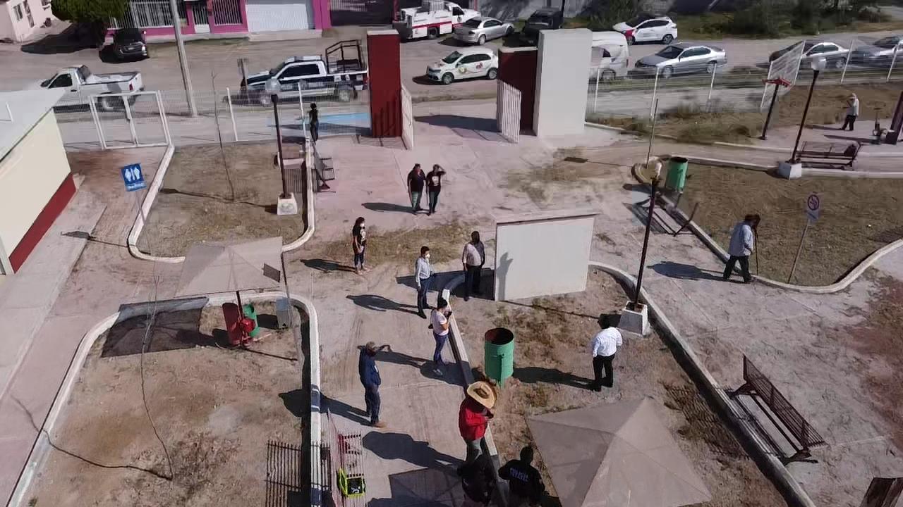 Arranca rehabilitación de la plaza de la colonia Libertad en Castaños