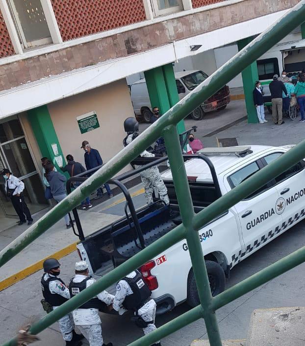 Familiares de fallecida por Covid-19 agreden a personal médico en Monclova