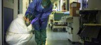 1 de cada 7 casos de COVID-19 en el mundo es un médico: OMS alerta que más de 4 mil doctores están contagiados