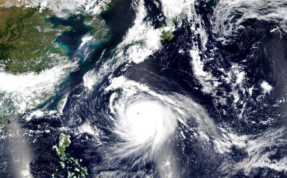 Japón en alerta; Tifón 'Haishen' amenaza costas; inician evacuaciones