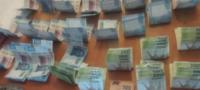 Michoacán: pareja utilizaba a su bebé para esconder 28 mil pesos en billetes falsos