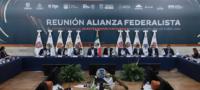 """Gobernadores """"le toman"""" la palabra a AMLO; realizarán consultas ciudadanas para definir relación con Gobierno Federal"""