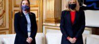 Visita Beatriz Müller a primera dama de Francia; intentan crear un mundo de lectores