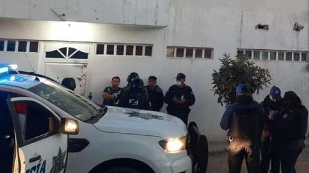 Comando armado secuestra a cinco personas en Irapunto