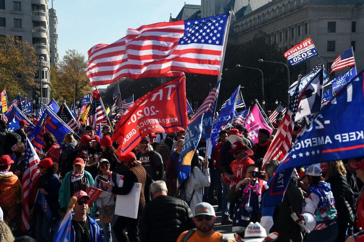 Washington se inunda de marchas pro-Trump: manifestantes acusan de