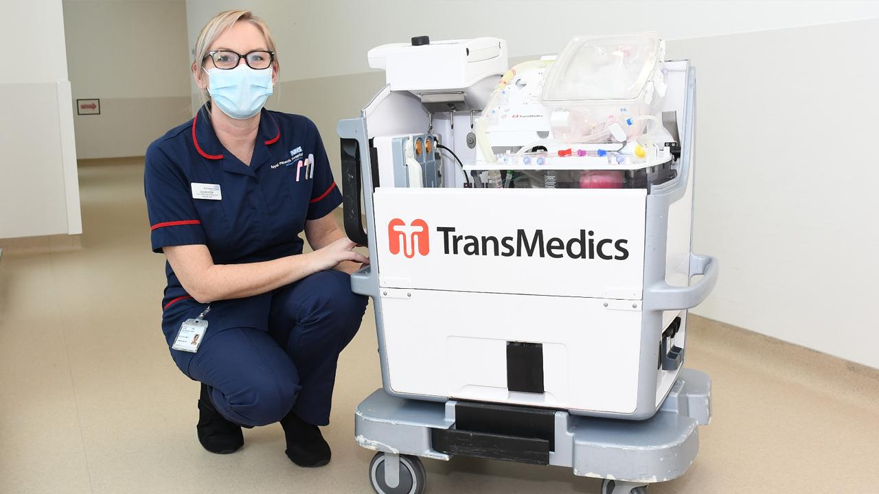 Médicos de Reino Unido consiguen trasplantar corazones 'reanimados' a niños