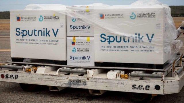 Llegarán hoy 200 mil vacunas antiCovid Sputnik V a México; AMLO compró 24 millones de dosis