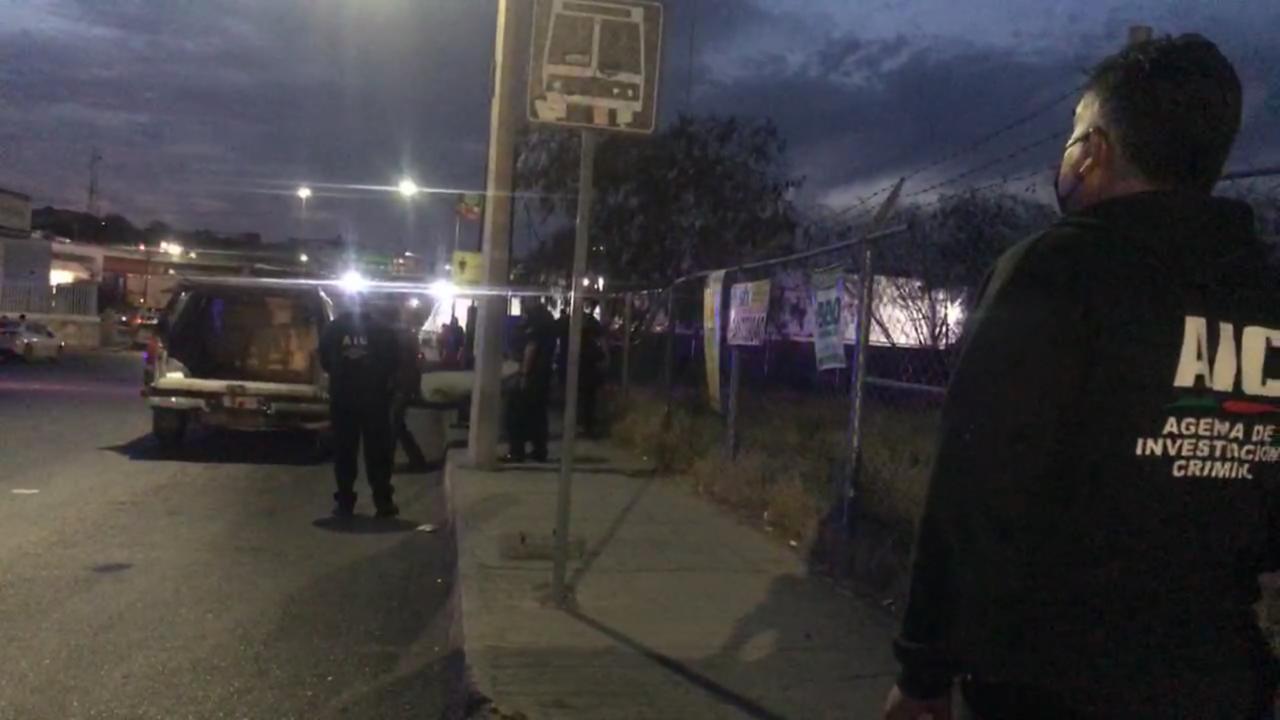 Policiaca: Encuentran cuerpo putrefacto en baldío de Monclova; tenía días de muerto se presume suicidio