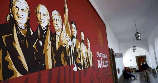 Piden retirar mural de AMLO