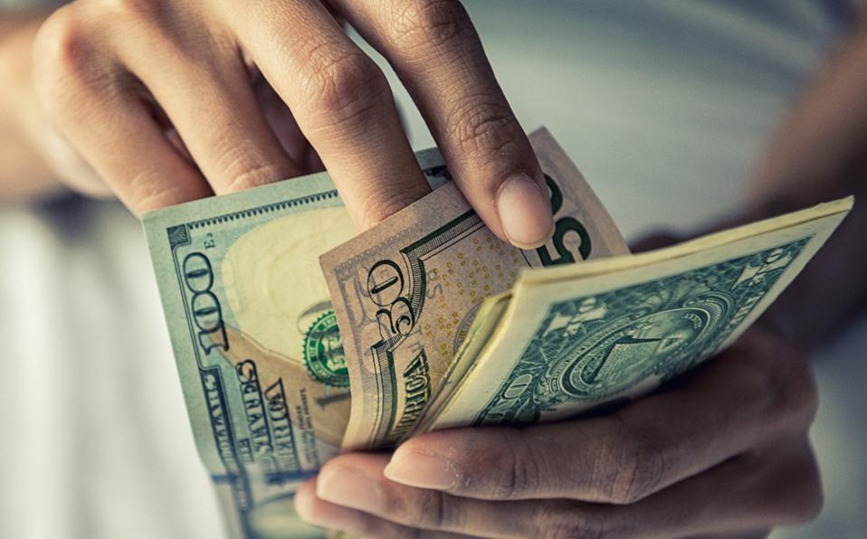 Precio del dólar en México para hoy 23 de febrero: peso cae un 1.55% ante desabasto de gas