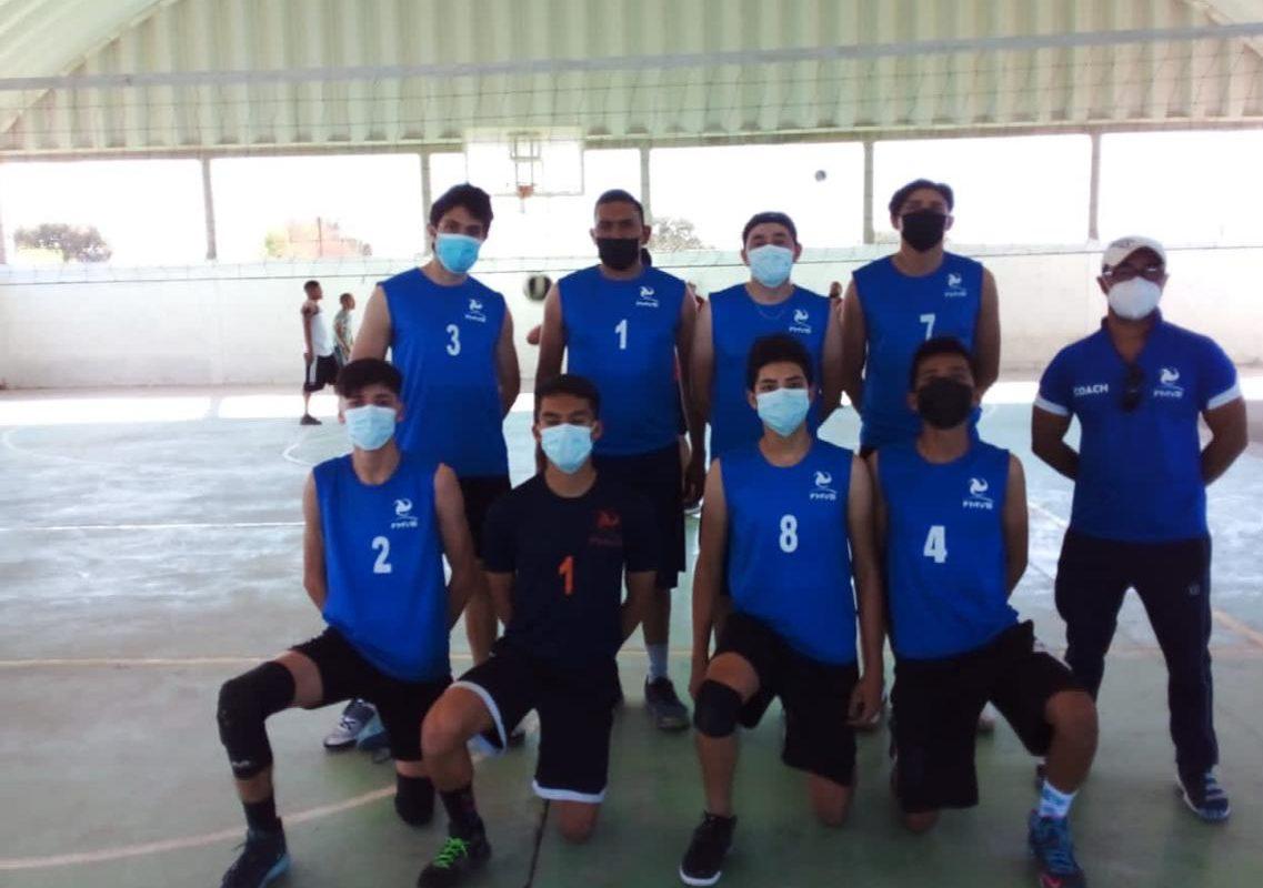 Inician torneos de voleibol y básquetbol en San Buenaventura