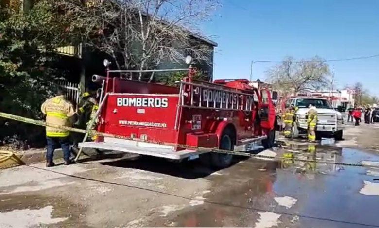 28 niños en riesgo de morir tras generarse incendio en Piedras Negras; padres temían que perdieran la vida