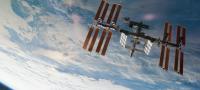 Un fotógrafo logra capturar el momento en que la Estación Espacial Internacional pasa frente a la Luna