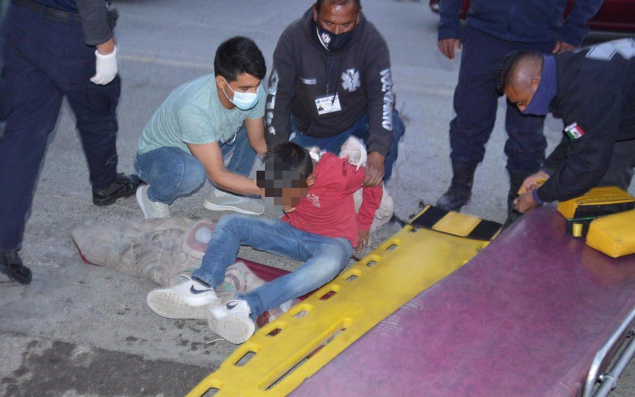 Policiaca: Atropella camioneta a niño con todo y bicicleta en Monclova; es trasladado a un hospital