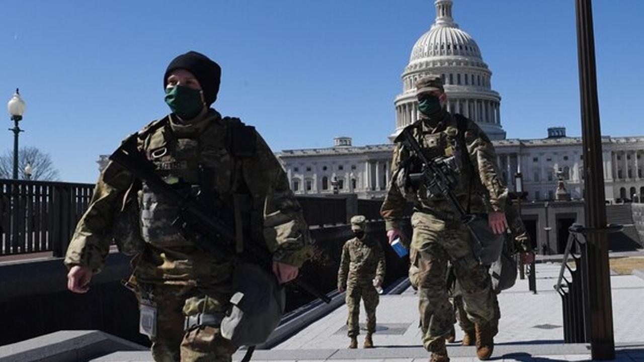 Cámara de Representantes suspende sesión por amenaza de ataque al Capitolio