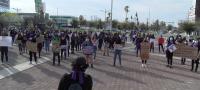 Se manifiestan feministas en la plaza del magisterio de Monclova