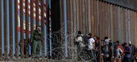 Asesores de Biden visitan la frontera con México
