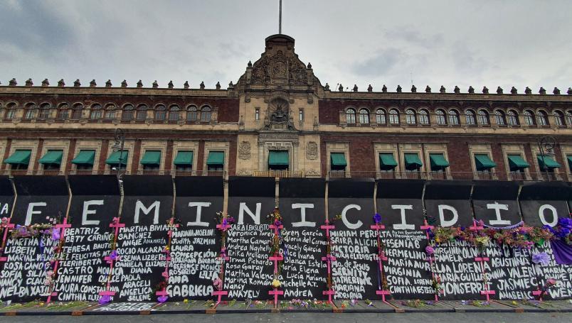 Se Pensaba Conservar Por Unos Días El Muro De La Paz En Memoria A Las Víctimas Nrt México