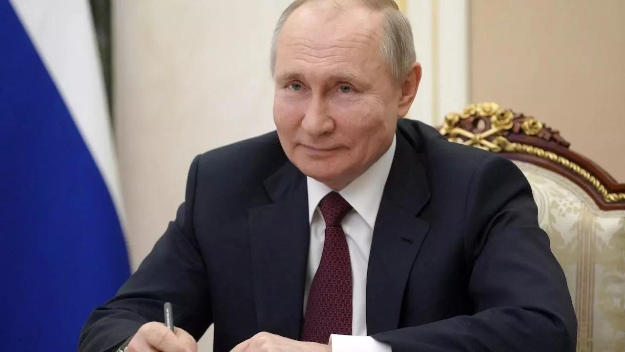 Putin promete erradicar el coronavirus antes de que el verano finalice