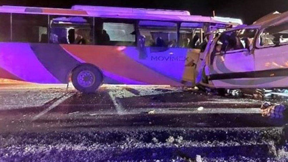 16 mineros muertos y 14 heridos de gravedad tras choque frontal entre un autobús y camión de personal