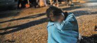 Una niña fue violada por grupo de hombres; autoridades de EU relatan su rescate