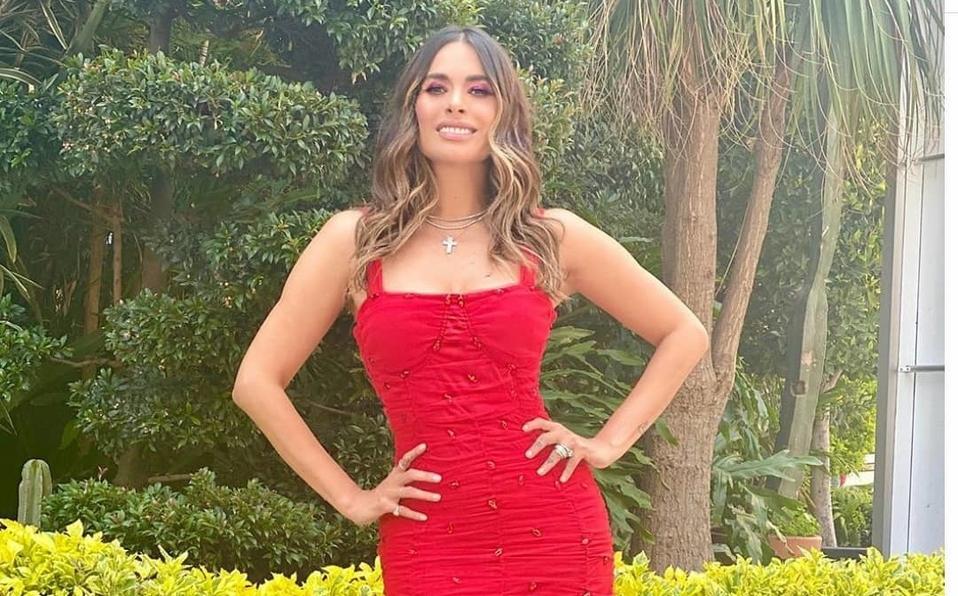 Galilea Montijo enamora a sus millones de seguidores con su más reciente look en Televisa