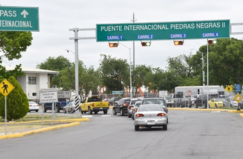 Policiaca: Agarran a mujer con más de 10 kilos de metanfetamina; quería pasarlos por el puente fronterizo