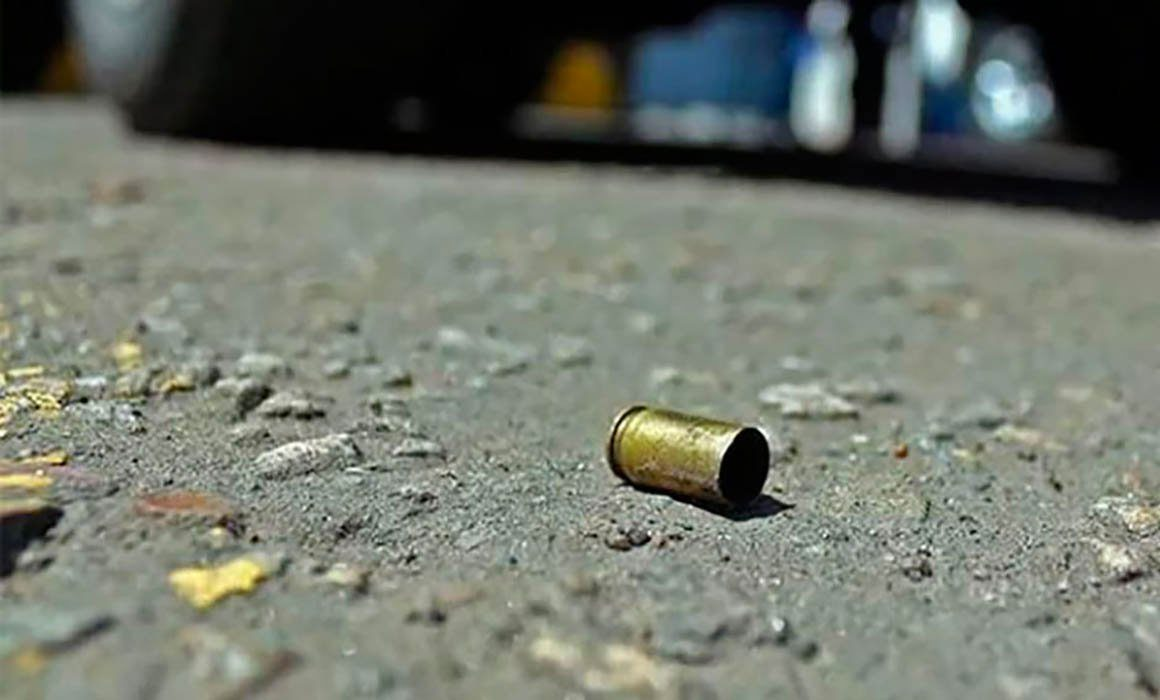 Policiaca: Sicarios atacan a balazos un hombre y jovencito en Morelos; uno de ellos murió