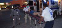 Policiaca: Conductor ignora señalamiento de alto y lanza por los aires a pareja que iba en motocicleta, en Frontera
