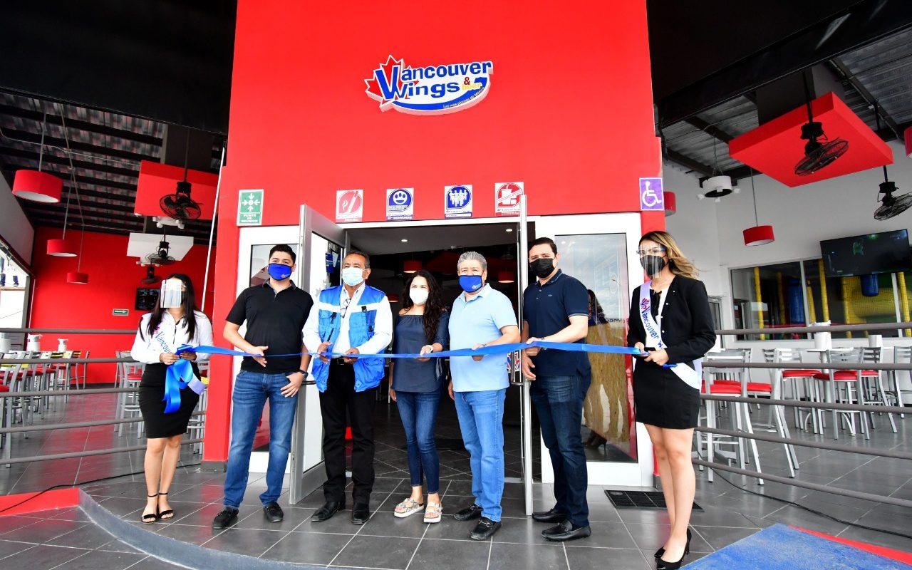 Inauguran Vancouber Wings en Monclova
