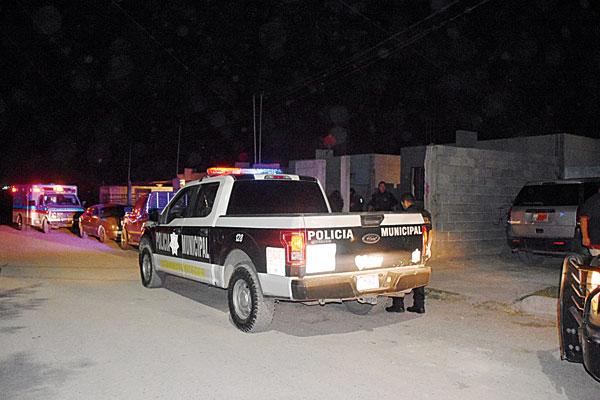 Policiaca: Abuelita cuidó a su nieta toda su vida; joven ebria intentó golpearla en Monclova